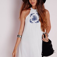 Missguided - High Neck Embroidered Swing Dress White