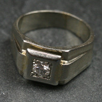 18ct White Gold Diamond Ring by Ruby Gray's | Ruby Gray's Antique & Vintage Rings