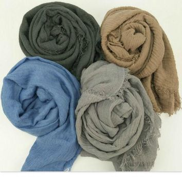 CREYONHS New bubble plain scarf/winter scarves fringes women soft solid hijabs shawls big pashmina girls muslim wrap men cotton scarf