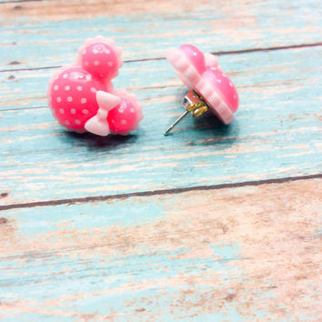 Minnie Mouse Earrings ~ Minnie Stud Earrings ~ Minnie Ears ~ Fish Extended Gift~ Minnie Jewelry ~ Disney Earrings ~ Disney Gift ~ Disney