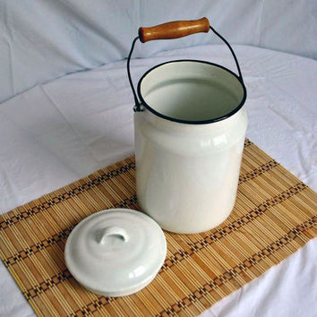 Vintage enamel milk can, Rustic metal water can, old milk jugs metal. Made in USSR 60s, Soviet Era, Soviet Times