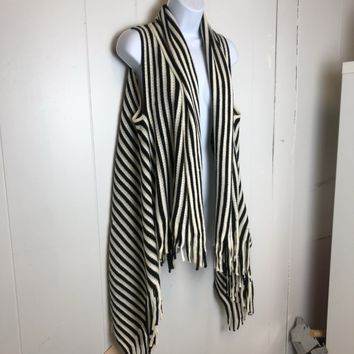 Black and White Striped Vest Fringe Hemline One Size