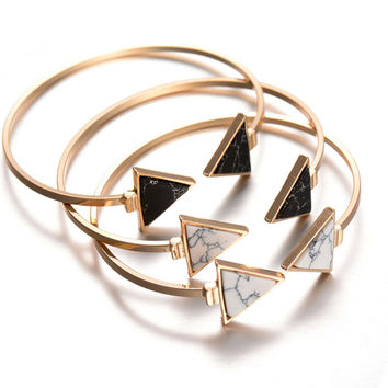 Popular Design Gold Plated Punk White Black Triangle Faux Marble Stone Open Bangle Bracelet for Women Fashion Jewelry Pulseiras