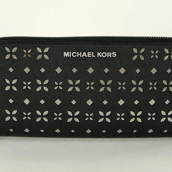 LMFON MICHAEL MICHAEL KORS Jet Set Travel Perforated-Leather Continental Wallet