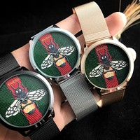 GUCCI Tide brand red and green striped bee big dial men and women models quartz watch