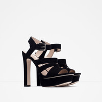 WIDE HEEL PLATFORM SANDALS New