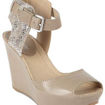 Kenneth Cole Reaction Women's Shoes, Sole My Heart Platform Wedge Sandals - Shoes - Macy's