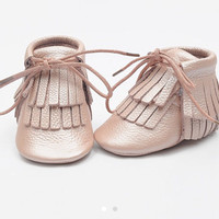 Double Fringe Baby Moccasins- Pearl Pink