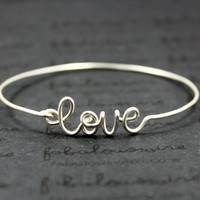Silver Love Bangle Bracelet, Wire Love Word Bangle, Infinity Love and Friendship Bracelet Jewelry, Girlfriend, Lovers, Mother Gift