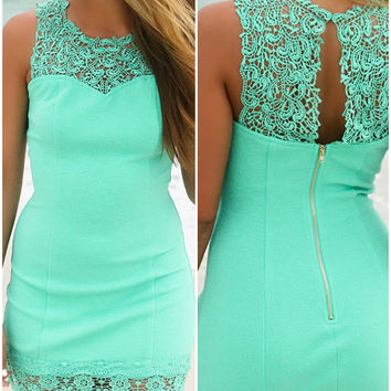 Bellaire Mint Lace Detail Bodycon Cocktail Dress