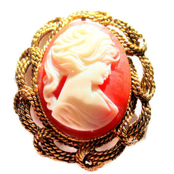 Victorian Style Carved  Cameo Brooch Pendent Peach and Cream