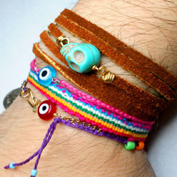 Leather Wrap Bracelets Turquoise Skull bead Free by zurdokero