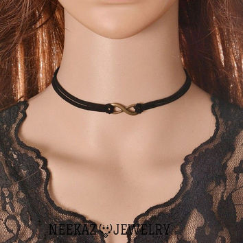 Vintage Handmade Gothic black Velvet necklace choker, Black Velvet Choker Necklace Ribbon Retro Vintage Gothic Goth Adjustable