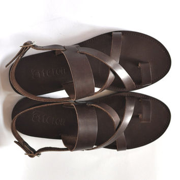 Leather Sandals / Cross straps toe ring women sandals / Greek Handmade sandals / Leather out soles