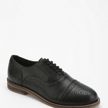 Cooperative Toe-Cap Brogue Oxford