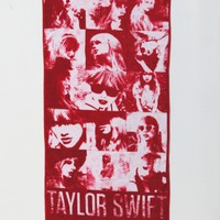 Red Faces Beach Towel