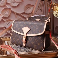 LV Louis Vuitton MONOGRAM LEATHER BEVERLY CROSS BODY BAG