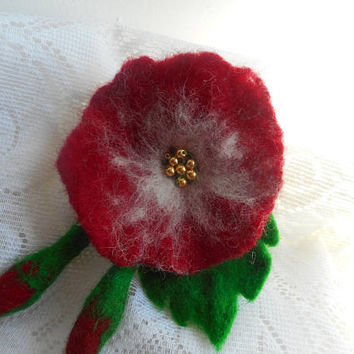 Red Flower brooch, Felt brooch flower,Felt Red poppy flower brooch,felt brooch,red brooch,fashion accessories,wool jewelry,pins flower wool