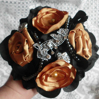 Gold and Black Bouquet, Brooch Bouquet, Broche Bouquet, Fabric Flower Bouquet. Satin, Pearls, Wedding Party package, Bridal Party