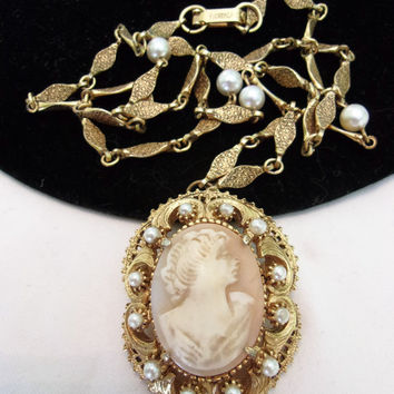 Vintage Florenza Cameo Necklace  Pearl Gold Plate Baroque Style Glass Shell Brooch Pin
