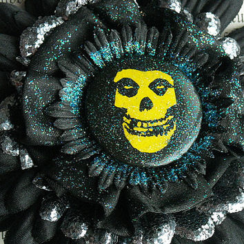 Hair Clip, Hair Flower, Hair Accessory, The Misfits, Skull, Black, Gothic, Goth, Punk, Rock, Glitter, Psychobilly, Horror Punk, Hair Daisy,