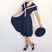Vintage 1950s Navy Blue White Nautical Sailor Girl Dress 1940s Style Square Collar Day Midi Dress Pleated Tea Dress Rockabilly Pin up Girl