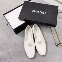 Chanel Fashion White Loafers