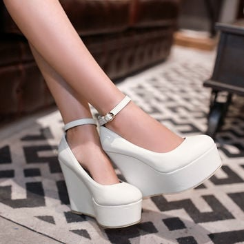 2017 The Summer New Super High Heel Paltform Shoes Slope with Thick Bottom Fashion Women's Shoes A Word Buckles Wedges 12.5cm