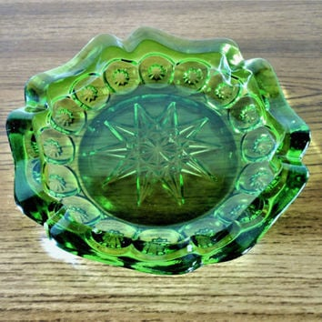 Green LE Smith Moon and Stars Ashtray, Vintage Starburst Ashtray, Groovy Mid Century Weed Ashtray, Atomic Ashtray, Vintage Barware