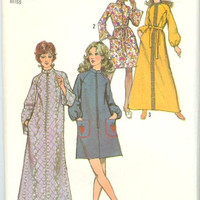 Simplicity 9722 Sewing Pattern 70s Housecoat House Dress Lounge Robe Retro Bathrobe Boho Hippie Style Caftan Duster Plus Size Bust 36