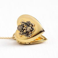 Sale - Vintage 12k Yellow Gold Filled US Seal Heart Pendant Locket Necklace - WWII Great Seal of United States Eagle Sweetheart Jewelry