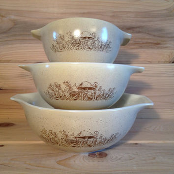Vintage Trio Pyrex Forest Fancies Nesting Cinderella Bowls # 441 442 443 Forest Mushrooms