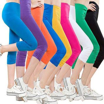PEAPON Women's Casual Seamless Capri Leggings Workout Pants