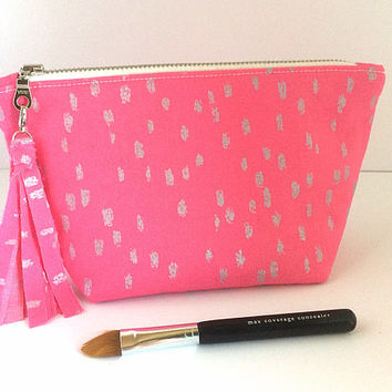 Pink Makeup Bag, Mother's Day Gift, Small Cosmetic Bag, Pink Zipper Pouch, Birthday Gift
