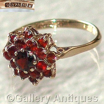 Vintage jewellery 9ct Gold and Garnet Cluster Ring Size M (UK) (US Size 6 1/2) Hallmarked for Birmingham 1971 (ref: G010510)