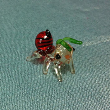 Hand Blown Glass Funny Tiny Ant Bug Insect Animal Cute White Red Green Black Figurine Statue Decoration Collectible Small Craft Hand Painted