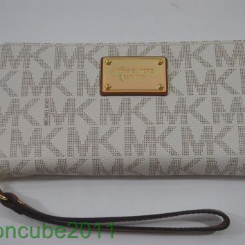 New WithTag MICHAEL KORS JET SET ITEM TRAVEL CONTINENTAL WALLET/WRISTLET-Vanilla