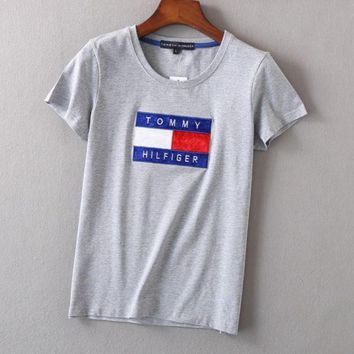 Women Fashion Emboider Tommy Hilfager Monogram Show Thin T-Shirt Top Tee Grey
