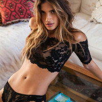 Hot S M XXL Lace One Word Shoulder Perspective Porn Sexy Erotic Lingerie With Sexy Thongs Lingerie Set Lenceria Sex Costumes