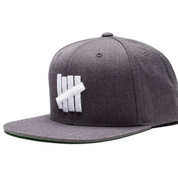 ONETOW Undefeated 5 Strike HO16 Snapback In Charcoal Heather