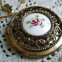 Vintage Necklace Locket Rose