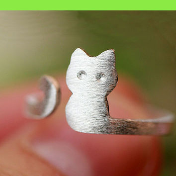 Silver Cat Wrapping Finger Cuff Ring (Slightly Adjustable) - LilyFair Jewelry