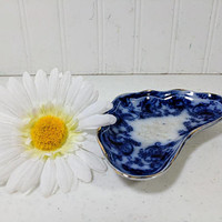 Flow Blue Bone Plate Maker's Mark W in Diamond Shape Made in England Flow Blue China Bone Bowl Blue & White Pottery Bone Dish Porcelain Bowl