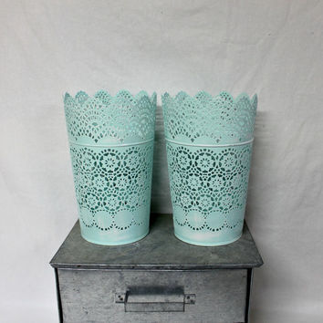 Distressed Mint Scalloped Vases - Shabby Chic - Rustic Decor - Farmhouse - Plant Holder - Farmhouse Antique - Vintage Farmhouse Ornate Vase