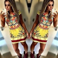 DCCKXT7 Fashion Multicolor Retro Print Round Neck Short Sleeve Bodycon Mini Dress