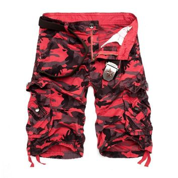 Camouflage Loose Cargo Shorts Men