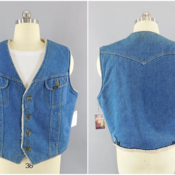 "1970's Vintage / LEE Storm Rider / Denim Vest / Sherpa Lined / Size XL / Ranch Wear / Hippie Vest / Blue Denim / 70's Fashion / 46"" - 48"""