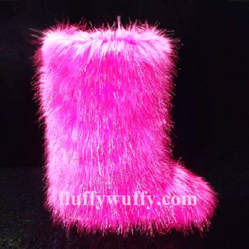 Sapphire Pink Sparkle – Fluffy Wuffy Boots