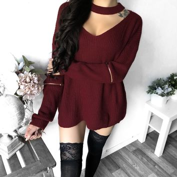 L/XL ONLY - Chloe Elbow Zipper Choker Sweater (BURGUNDY)