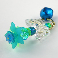 Aqua Blue and Teal Flower Butterfly Keyring, Beaded Acrylic Kawaii Keychain, Key Ring, Turquoise, Chain, Bell, Gold Lucite Daisy